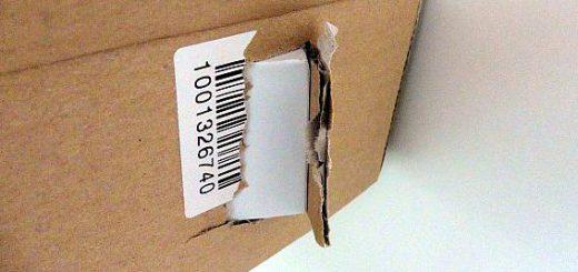 Mangelhaft verpacktes Smartphone