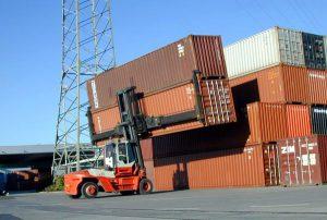 Containerstaapler im Einsatz