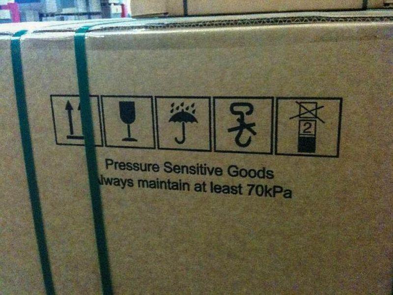 Zweifelhafte Handhabungszeichen für Transportpersonal
